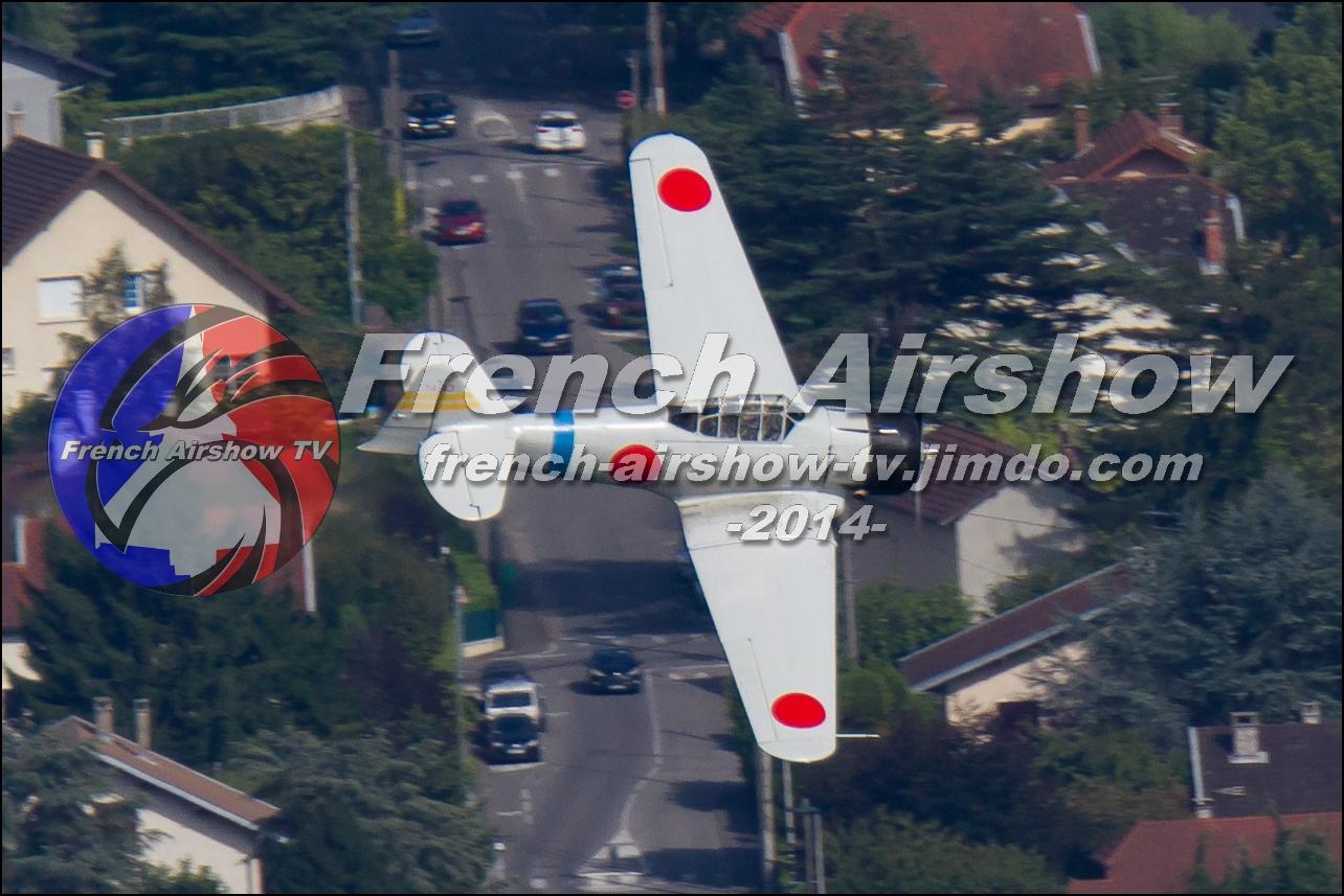 T-6 & T-6 Zero dogfight , Meeting Aerien Aix les Bains 2014
